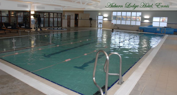Auburn Lodge Hotel Swimming Pool