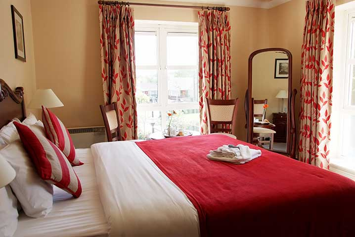 killarney riverside hotel bedroom